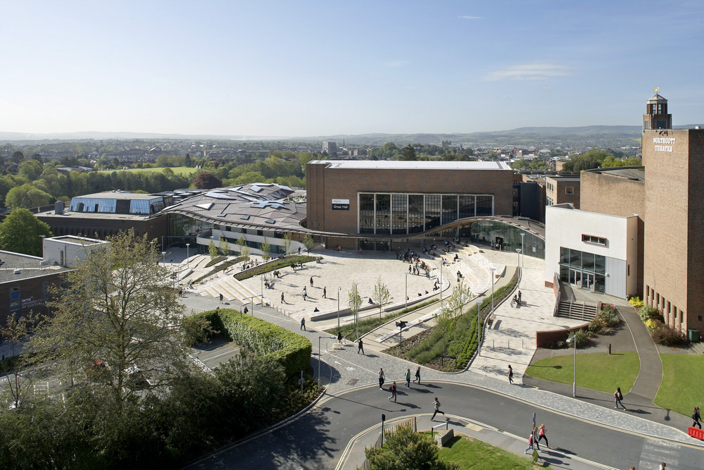 Exeter Hits Top Ten In The Complete University Guide