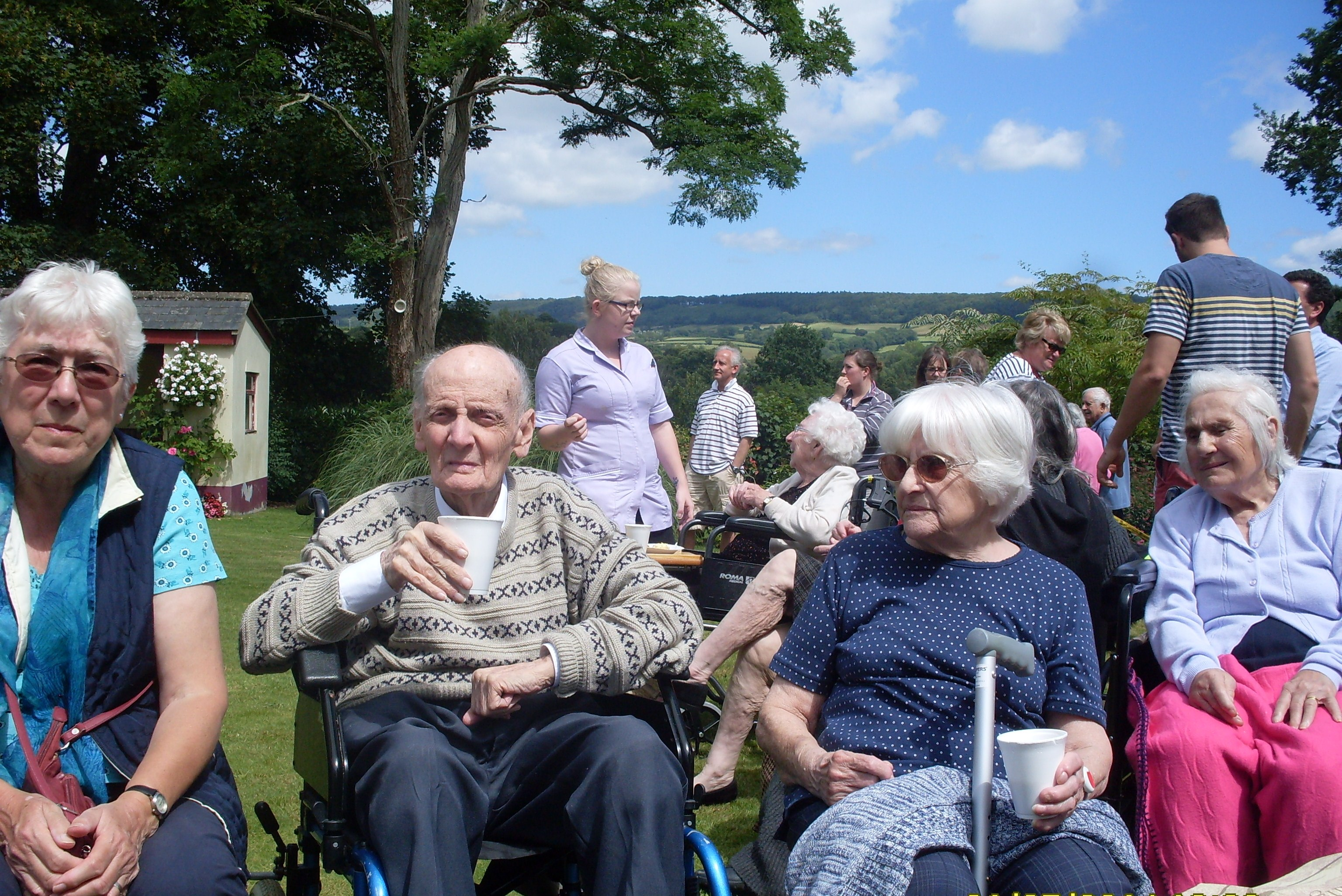 Garden Party At Angela Court Nursing Home The Exeter Daily