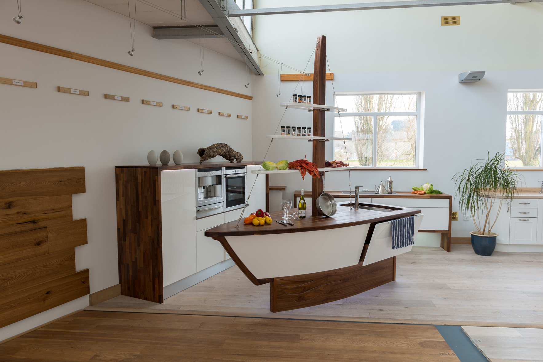 Creative kitchen displays launch a water tight partnership for Kitchen display