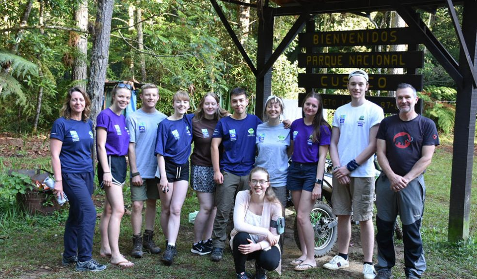 Exeter College students in Honduras