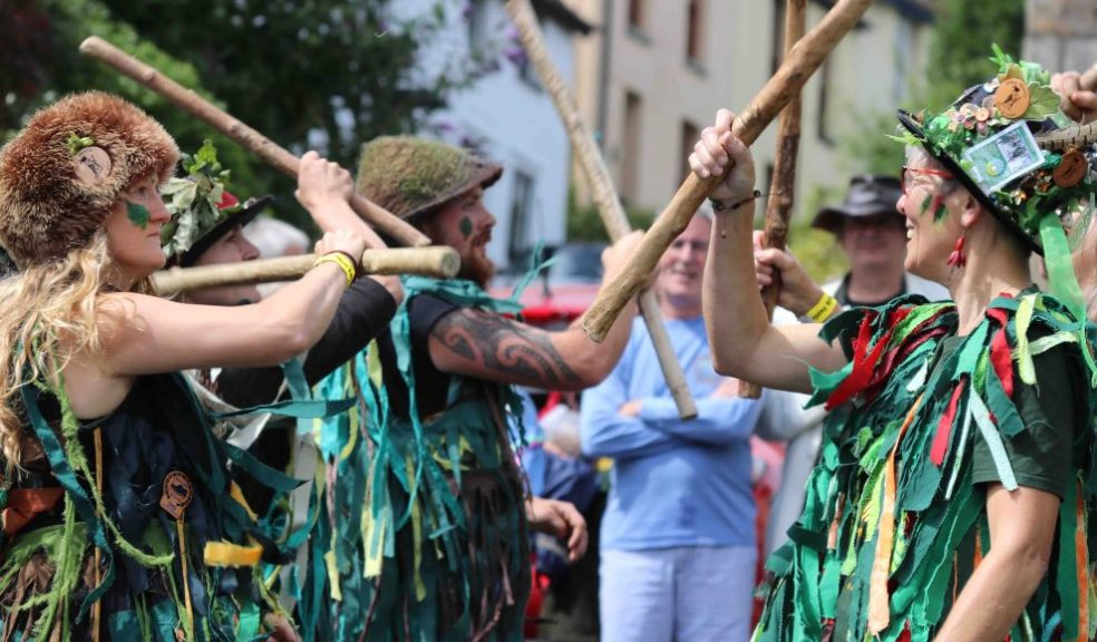 Otter Morris during a display. Photo: Alan Quick.