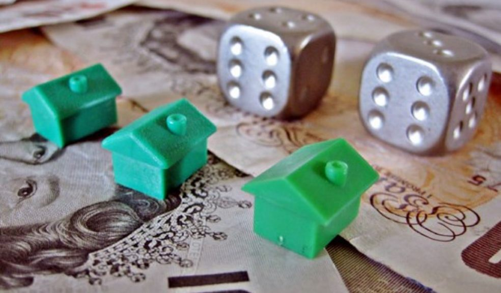 Housing Market Gamble (CC BY 2.0) by Images_of_Money