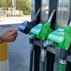 GripHero offers free hand-protection at the fuel pump in battle against Covid-19